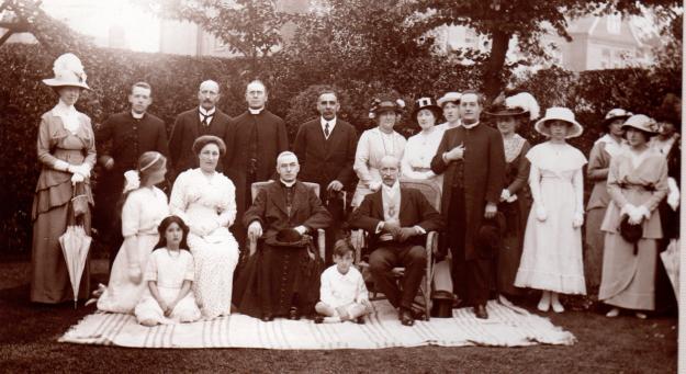 Mayor's garden party 1914