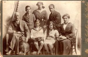 Ernest O'Bryen & family August 1916